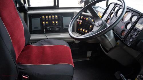 school-bus-freightliner-2001[6]